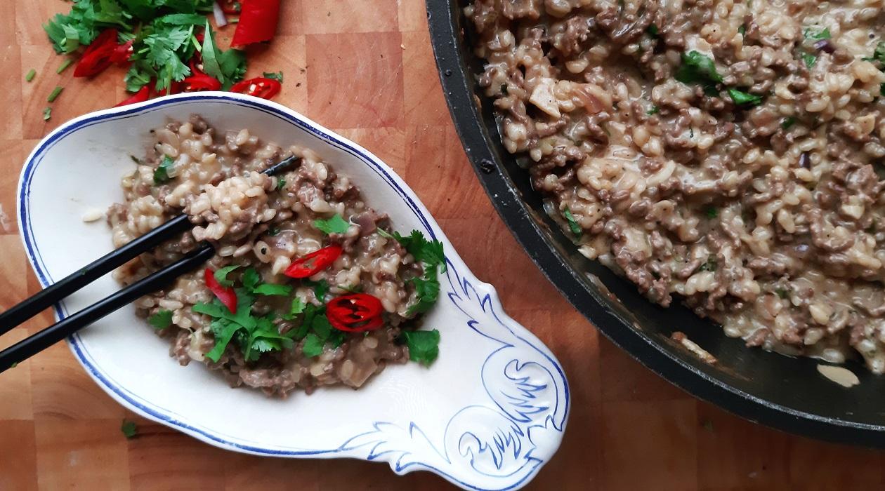Inkiväärinen jauheliha-riisi pata | Ruokaohje | Kaviaarista arkeen.